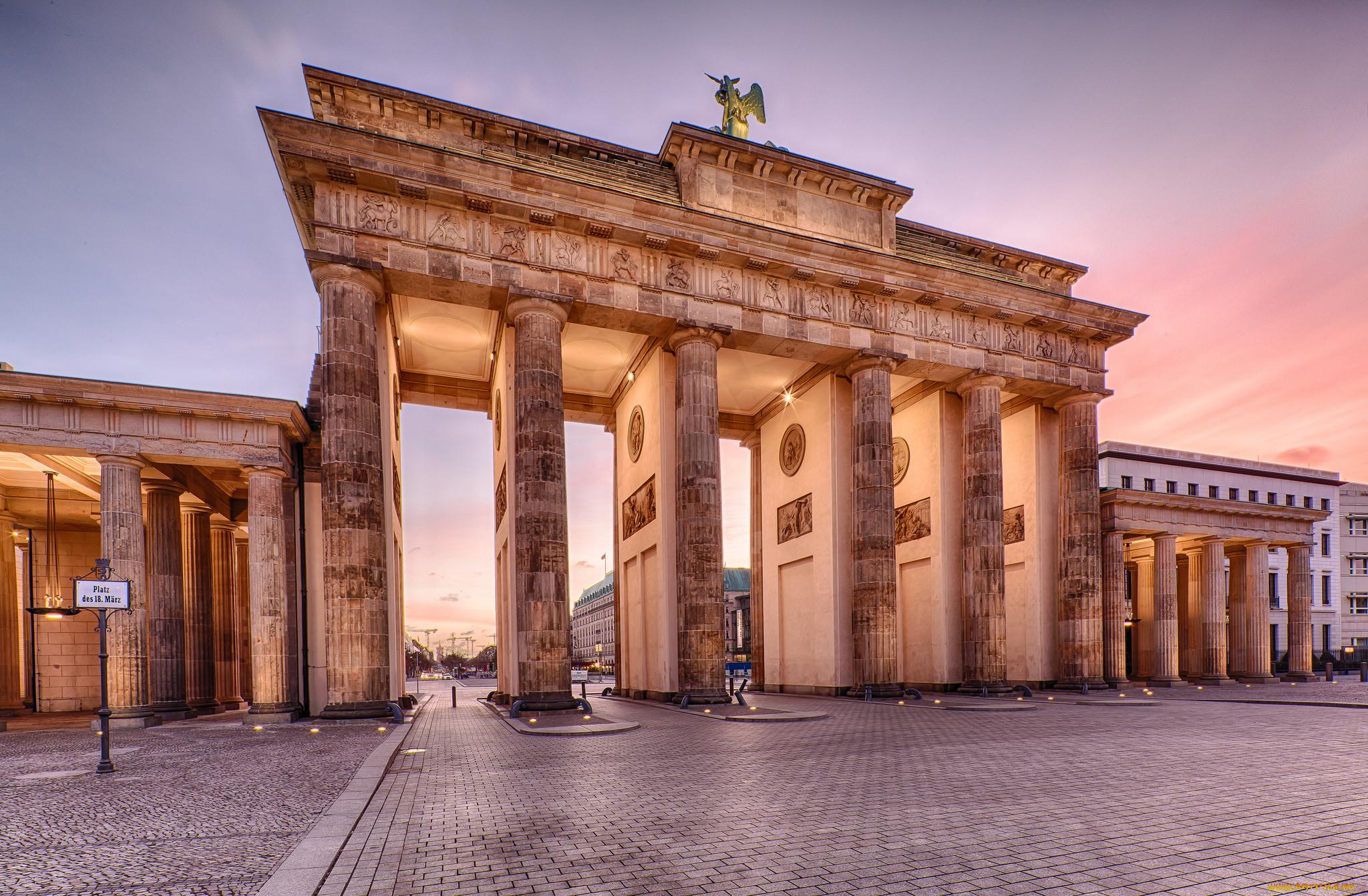 оказании бранденбургские ворота в берлине фото плотины